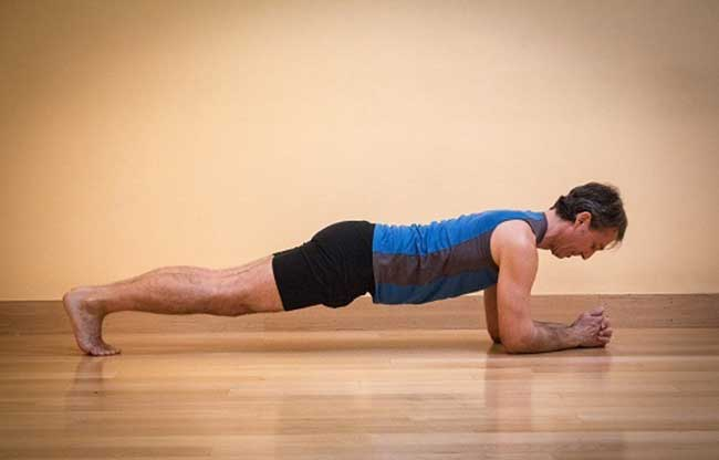 Plank pose for runners