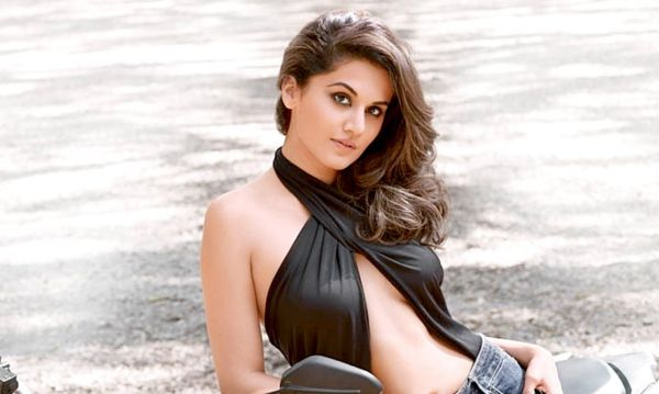 south indian actress Taapsee Pannu